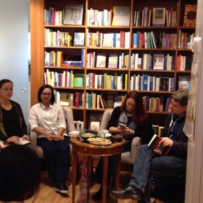 Reading in Weltenleser Book Shop, Frankfurt. (Photo by Dorte)