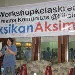 Hetih Rusli, editor GPU, juga ikut ngobrol di workshop ini tentang naskah-naskah seperti apa bisa diterbitkan.