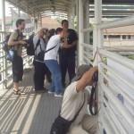 hunting foto sampe naik2 jembatan